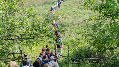 Tara Luanei – Drumetie pe urmele legendelor
