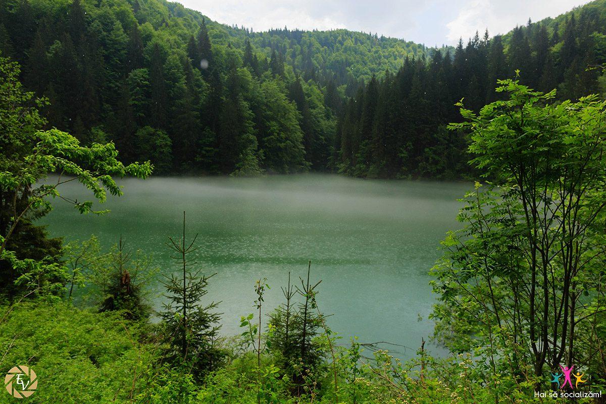 Cheile Zanoagei si Cascada 7 Izvoare